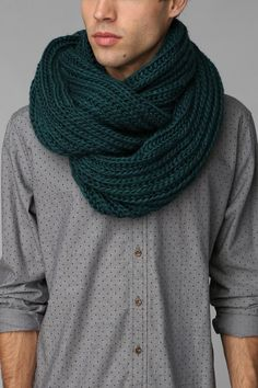 Double Cable-Knit Eternity Scarf – yea i want this for myself. Good Presents For Boyfriends, How To Wear Scarves, Knit Patterns, Cable Knit, Men Dress, Crochet, Menswear, Mens Fashion, Knitting