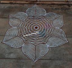 Simple Rangoli Border Designs, Rangoli Borders, Rangoli Designs Images, Beautiful Rangoli Designs, Padi Kolam, Happy New Year 2019, Projects To Try