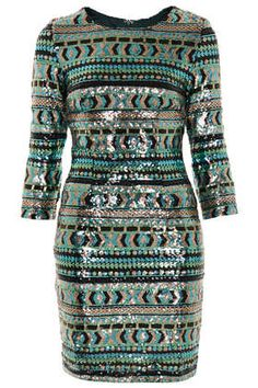 mes yeux en pleurent tellement c'est beau **Sequin Bodycon Dress by TFNC High Street Fashion, Street Style, Style Funky, My Style, Fall Outfits, Cute Outfits, Tfnc, Funky Fashion, Glitter