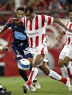 Rivaldo, Olympiakos golden age of brazil Best Football Players, World Football, Football Soccer, Premier League, Champions, Red Stripes, Golden Age, Brazil, Religion