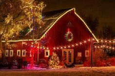 """""""Tis the Season""""! I would LOVE to have a barn to do this to."""