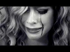 Avril Lavigne - Goodbye (Official Video 2012)