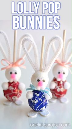 Lolly Pop Bunnies – Spring Break Kids patricks day kid… – Special Food Recipes For St Patrick's Day Easter Projects, Easter Crafts For Kids, Crafts To Do, Easter Baskets To Make, Kids Diy, Wood Crafts, Diy Projects, Hoppy Easter, Easter Bunny