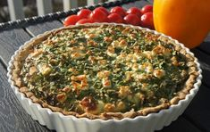 Pie with spinach and feta cheese Spinach And Feta, Almond Flour, Quiche, Good Food, Cheese, Cooking, Breakfast, Beautiful Pictures, Recipes