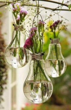 Crafts:  #Crafts ~ DIY Light-Bulb Planters.