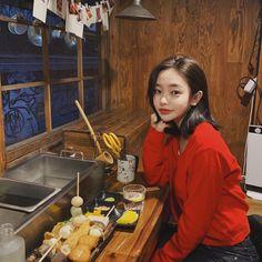 Son Hwamin, Hwa Min, Cute Korean Fashion, Teen Relationships, Ulzzang Korean Girl, Prince And Princess, Best Couple, Asian Beauty, Long Hair Styles