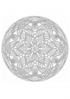 Mandala entrelacé à imprimer dans 11 coloriages de mandalas pour adultes à imprimer pour se détendre