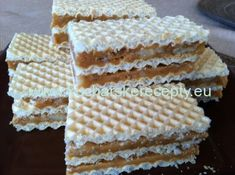 Condensed Milk Cake, Cupcakes, Pancakes And Waffles, Cheddar Cheese, Vanilla Cake, Deserts, Food And Drink, Cooking Recipes, Bread