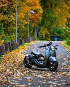 Honda Motorbikes, Honda Motorcycles, Custom Motorcycles, Custom Bikes, Trike Scooter, Scooter Motorcycle, Moto Bike, Fast Scooters, Honda Metropolitan