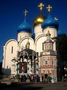 by Ferry Vermeer on Flickr.  The Trinity Lavra of St. Sergius is the most important Russian monastery and the spiritual centre of the Russian Orthodox Church - Sergiyev Posad, Russia.