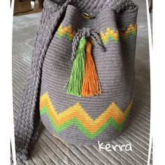 Ravelry: Project Gallery for Triforce-iltalaukku pattern by Molla Mills Crochet Chart, Crochet Stitches, Knit Crochet, Crochet Patterns, Tapestry Bag, Tapestry Crochet, Wiggly Crochet, Mochila Crochet, Sweet Bags