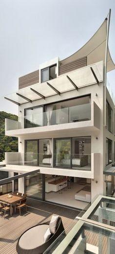 Modern House Design by James Choate #pin_it @mundodascasas See more Here: www.mundodascasas.com.br