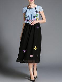 Shop Midi Dresses - Short Sleeve Girly Crew Neck A-line Appliqued Midi Dress online. Discover unique designers fashion at StyleWe.com.