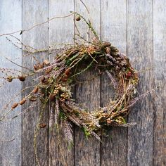 10 Minimalist Natural Wreath Ideas - Opus Grows