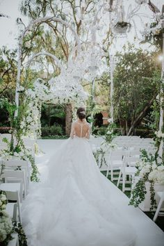 Photographer: Dmitry Shumanev Production | Ceremony & Reception Venue: The Beverly Hills Hotel | Event Designer: Aliana Events | Floral Designer: BUTTERFLY FLORAL | DJ: The One Up Group | Bridal Designer: Ines Di Santo | Submitted via Two Bright Lights