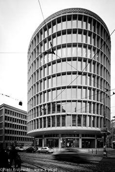 [Poznań] Okrąglak - po rewitalizacji - SkyscraperCity
