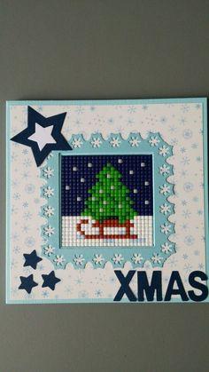 Pixelhobby kerstkaart 123 Cross Stitch, Small Cross Stitch, Cross Stitch Cards, Beaded Cross Stitch, Cross Stitching, Cross Stitch Embroidery, Cross Stitch Patterns, Cross Stitch Christmas Cards, Painted Christmas Cards