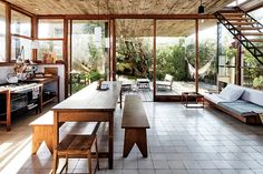 alejandro sticotti designs 'la pedrera' holiday home in uruguay Simple Living Room, Home Living Room, Small Living, Living Room Trends, Living Room Colors, Architect House, Architect Design, La Pedrera, House Rooms
