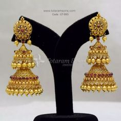 Gold Layered Antique Jhumki From Totaram ~ South India Jewels Gold Jhumka Earrings, Indian Jewelry Earrings, Jewelry Design Earrings, Gold Earrings Designs, India Jewelry, Gold Jewelry, Diamond Jewelry, Antique Jewellery Designs, Antique Jewelry