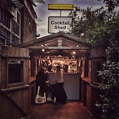 The cocktail shed at @streetfeastldn's Dalston Yard is too cute. It's our preview party tonight but it opens to the public... TOMORROW!