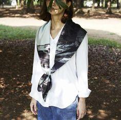 「トウキョウ#01」スカーフ(Lサイズ)