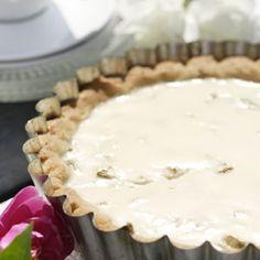 Gluteeniton piirakkapohja Food Inspiration, Menu, Pie, Sweet Stuff, Desserts, Drinks, Menu Board Design, Pinkie Pie, Tailgate Desserts