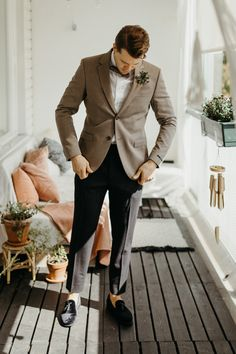Scandinavian Style Meets Moroccan Flair in this Boho Helsinki Wedding Scandinavian Wedding, Scandinavian Style, Groom And Groomsmen Attire, Groom Outfit, Low Budget Wedding, Neutral Wedding Colors, Wedding Suits, Tuxedo Wedding, Modern Wedding Invitations