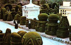 Azael Franco Guerrero, Topiary Garden