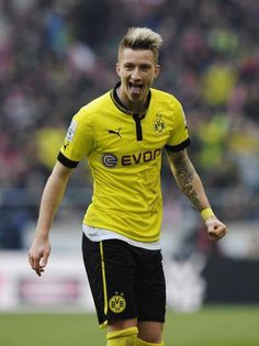 marco reus stays tatted
