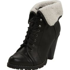 HA..finally get to incorporate my love of my military jump boots into my civilian wardrobe!!