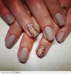 Matt buff and copper baroque nails