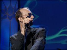 Bee Gees - Massachusetts (Live in Las Vegas, 1997 - One Night Only) I Started A Joke, Pop Playlist, Robin, Fm Music, Dream Music, Warner Music Group, Pop Hits, Night Fever, Karaoke Songs