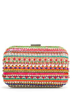 small beaded clutch/handbag from zara My Bags, Purses And Bags, Spring Handbags, Look Girl, Zara Bags, Beaded Clutch, Embroidered Clothes, Cheap Bags, Small Handbags