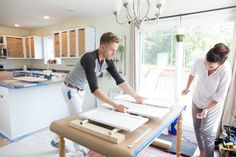 The Cost of Painting Kitchen Cabinets Depends on These 3 Things