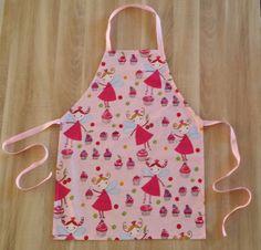 Tablier de cuisine enfant cupcakes et fées rose. : Ecole et loisirs par o-crea-de-lina