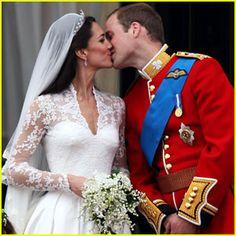 Google Image Result for http://cdn01.cdn.justjared.com/wp-content/uploads/headlines/2011/04/kate-middleton-prince-william-royal-wedding-first-kiss.jpg