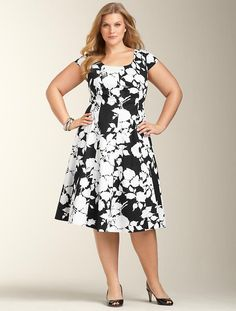 Graphic Flower Dress in Black-Graphic Floral by Talbots Mob Dresses, Trendy Dresses, Simple Dresses, Plus Size Dresses, Plus Size Outfits, Nice Dresses, Casual Dresses, Short Dresses, Dresses For Work