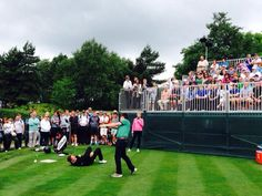 Trick shot fun on the first tee with @chrishollinstv and @golfunplugged #CelebCup