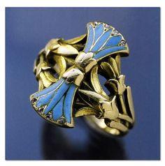 Henri Vever - Egyptian Revival Ring. Gold, enamel & diamond. French 1900.