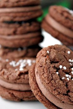 Nutella Cookie Sandwiches (I don't have the will power for this!)