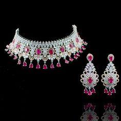 Piya Set - Emerald - á La Couture Wedding Jewellery Designs, Wedding Jewelry, Jewelry Design, Mineral Stone, Faux Stone, Emerald Gemstone, Beautiful Necklaces, Diamond Jewelry, Dangle Earrings