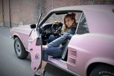 """Mustang Girl Monday: Teri Garcia and her 1967 Mustang, """"Rosey,"""" and 2006 GT Photo & Image Gallery"""