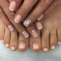23 Ideas french pedicure opi for 2019 Toe Nail Color, Toe Nail Art, Feet Nails, My Nails, Hair And Nails, Glitter Nails, Pedicure Nail Art, Manicure And Pedicure, Pedicure Ideas