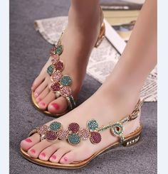 Shop Shining Rhinestone Flower Flat Sandals on sale at Tidestore with trendy design and good price. Come and find more fashion Flat Sandals here.Discover unique designer Shoes offered by independent designers at StyleWe; Pretty Sandals, Beautiful Sandals, Cute Sandals, Pretty Shoes, Flat Sandals, Leather Sandals, Shoes Sandals, Flat Shoes, Cute Flats