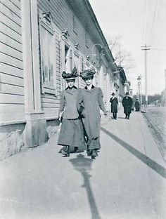 Linnankatu 7,Turku, Finland,  ca.1900 History Of Photography, Street Photography, Old Pictures, Old Photos, Meanwhile In Finland, History Of Finland, Turku Finland, Historical Pictures, Life Photo