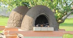Got mud, sand, straw, and some fire bricks? Drooling over wood-fired oven pizzas? Building a wood fired earth oven is easier than you think!  See how you can do…
