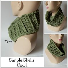 FREE crochet pattern for a Simple Shells Cowl. The cowl works up quick and has a nice ribbed texture on the right side.