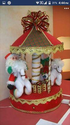 Reno, Gingerbread, Breakfast Nook, Xmas, Christmas Crafts, Pearl Stud Earrings, Christmas Things, Holiday Ornaments, Felting
