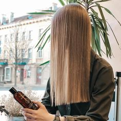 Description Our ultimate hair growth serum spray was designed by combining our experience with extensive feedback from Moérie customers. Our unique and gentle formula features over 125 active substances and is highly effective in promoting hair growth, with results often visible after only the first bottle. With no rin Hair Gain, Hair Grower, Scalp Conditions, Hair Growth Cycle, One Hair, Prevent Hair Loss, Water Flowers, Unique Hairstyles, Damaged Hair