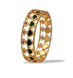 Elegant One Gram Gold Plated Green Palakka Bangle Plain Gold Bangles, Gold Bangles Design, Gold Plated Bangles, Gold Jewellery Design, Handmade Jewellery, Amrapali Jewellery, Latest Gold Jewellery, Mens Gold Jewelry, Bridal Jewelry